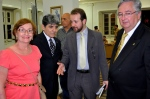 O Presidente Bezerra e a Proª. Regina Fiuza, diretora da ACL, com Stelio Marinho e Bruno de Cerqueira.